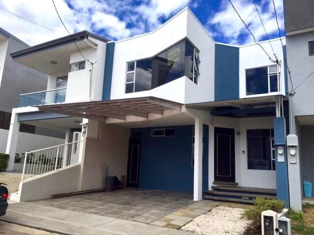 Casa en Venta en San Francisco, Heredia, Heredia, Costa Rica , Heredia,