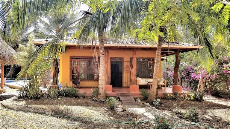 Casa en Venta en Road Across From Soda Samarena, First House On The Left , Guanacaste,